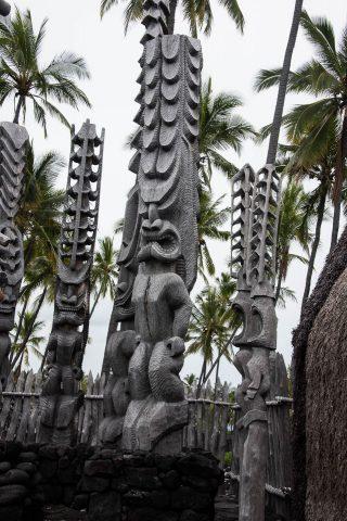 Ki'i guardians of refuge, Pu'uhonua o Honaunau, Big Island