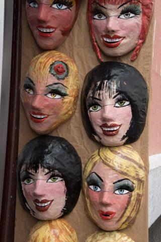 Satirical masks, Quito