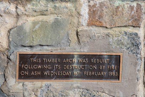 Memorial Arch sign, Great Ocean Road