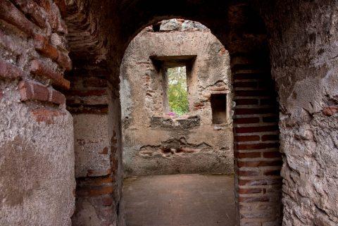 Las Capuchinas nun's cell, Antigua