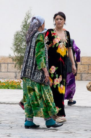 Local ladies, Bukhara