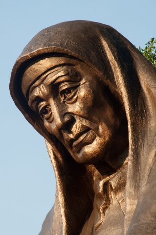 Grieving mother statue, Tomb of Unknown soldier, Tashkent