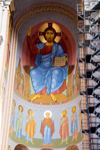 Tsminda Sameba Cathedral, Tbilisi interior