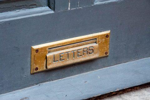 Elfreth's Alley's letterbox, Philadelphia