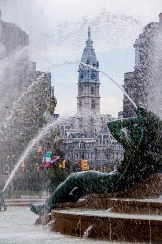 JFK Plaza fountain though to City Hall, Philadelphia