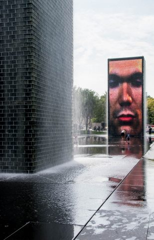 Crown Fountain by Jaume Plensa with faces of local residents, Mi