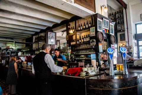 Bar, Plaza Dorrego, Buenos Aires, Argentina