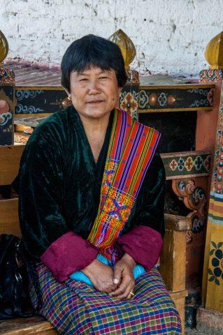 Local lady, Punakha dzong, Bhutan