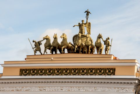 Chariot of Glory, Triumphal Arch, St Petersburg