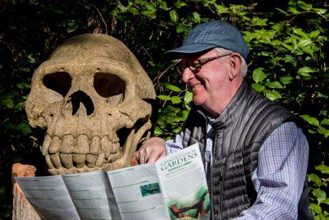 London Man & Tofino Man, Botanical Gardens