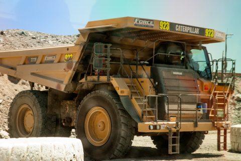 Earth moving lorry, Super Pit, Kalgoorlie-Boulder, WA