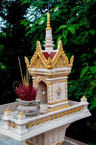 Incense sticks, Wat Phnom, Phnom Penh