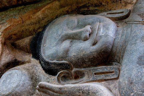 Reclining Buddha, Phnom Santuk
