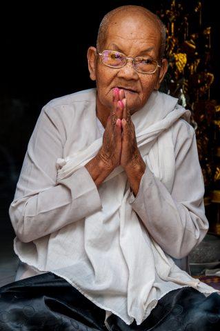 Monk, Phnom Santuk