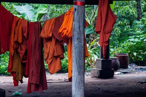 Washing, Temple near Siem Reap