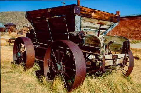 Old wagon, Bodie Ghost Town, Cal (1999)