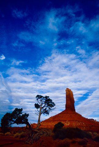 Left Mitten at sunrise, Monument Valley, Utah (2004)